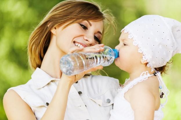 повторное использование пластиковой бутылки