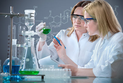 group of the students working at the laboratory